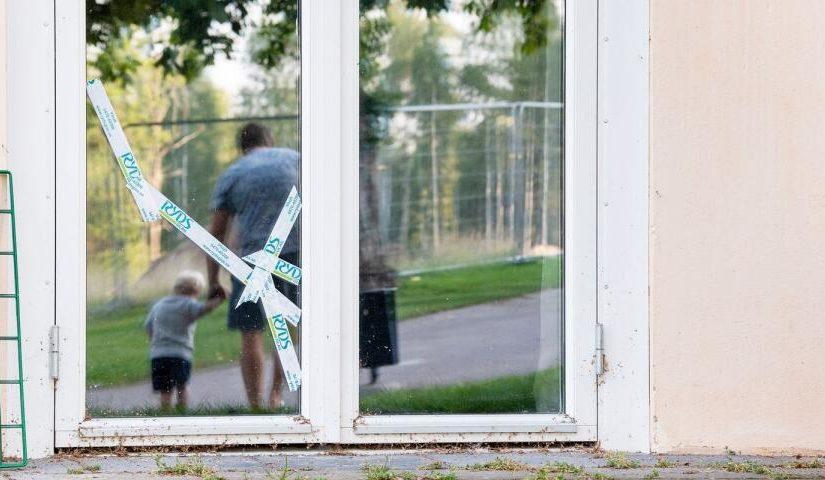 Stenar regnade över huset när sprängning gick fel – hör Rasmus berätta